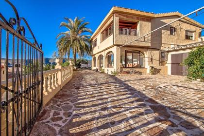 3 bedroom Countryhouse in Teulada- Moraira