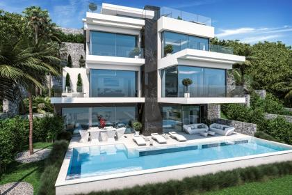 First line beach villa with 5 bedrooms