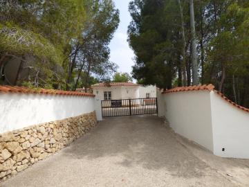 Nice Villa in Altea la Vella with 3 bedrooms