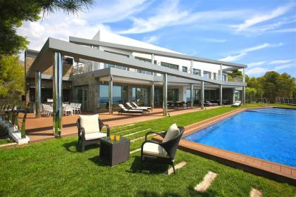 6 bedroom Villa in Altea